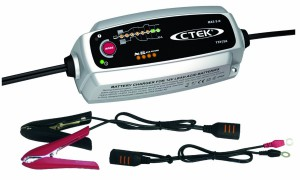 KFZ Batterieladegerät Testsieger