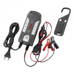 KFZ Batterieladegerät Platz 5