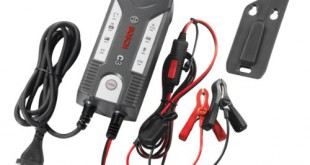 KFZ Batterieladegerät Platz 4
